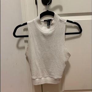 White knit short sleeve turtle neck